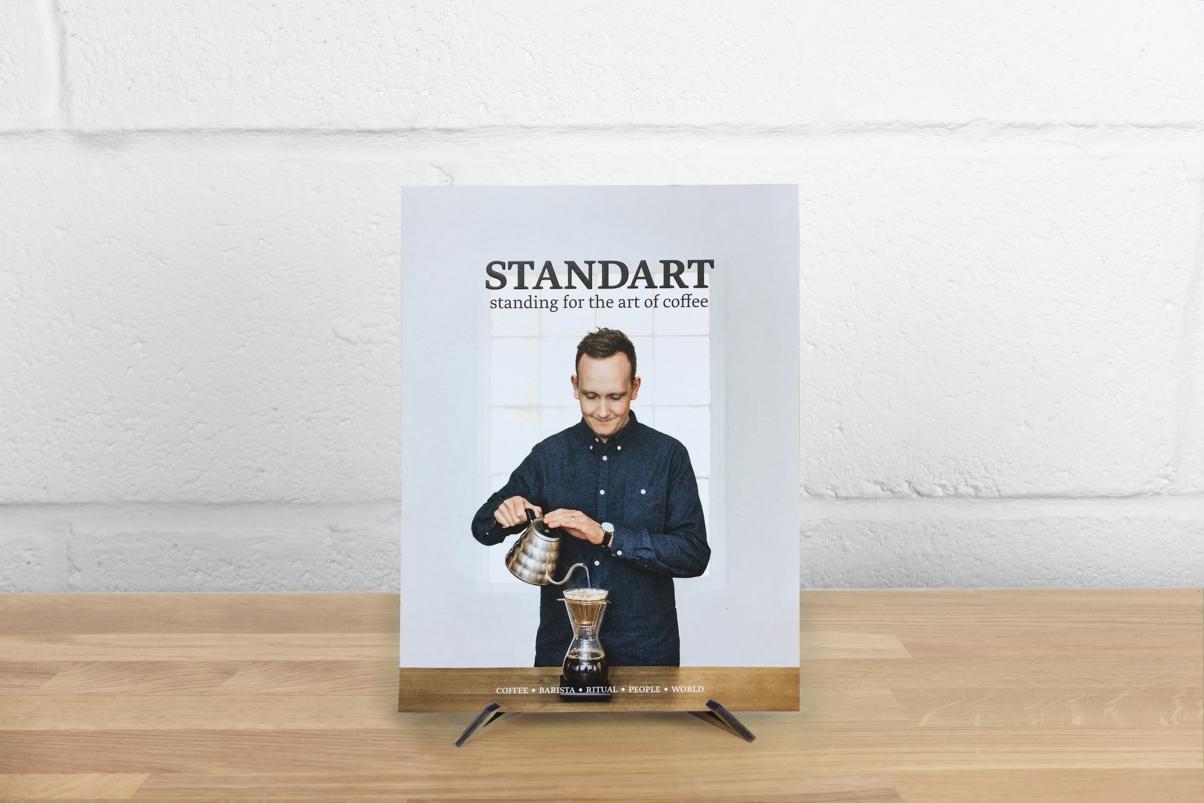 Standart magazine cover image