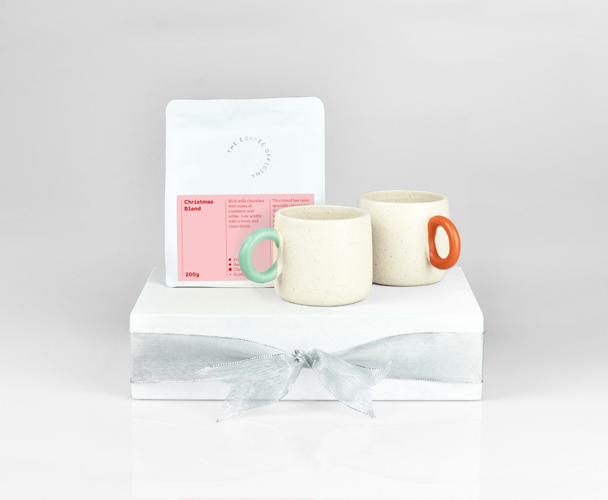 The Coffee Officina Baby Mugs and Christmas Blend gift set